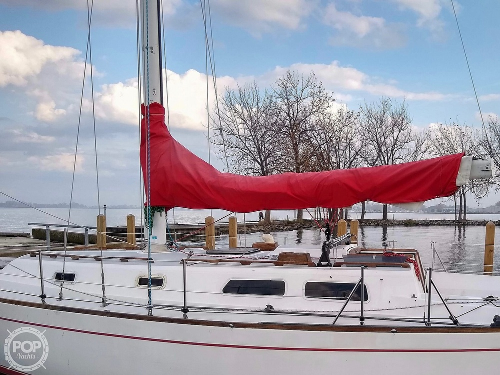 1980 CAL boat for sale, model of the boat is 39MKIII Tall Rig & Image # 18 of 40