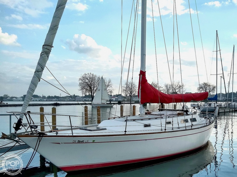 1980 CAL boat for sale, model of the boat is 39MKIII Tall Rig & Image # 7 of 40