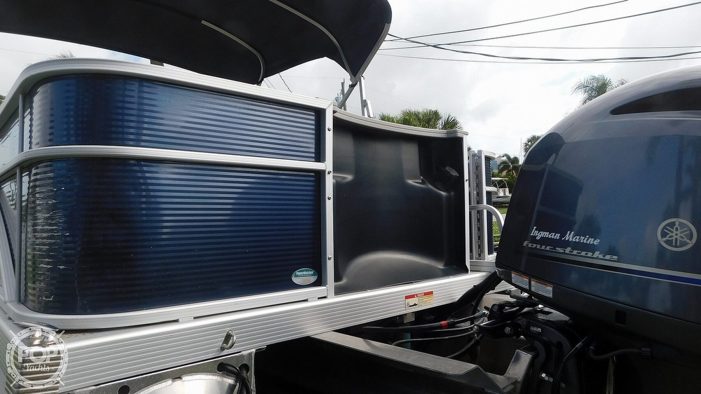 2019 Bennington boat for sale, model of the boat is SX 21 Saltwater & Image # 6 of 40