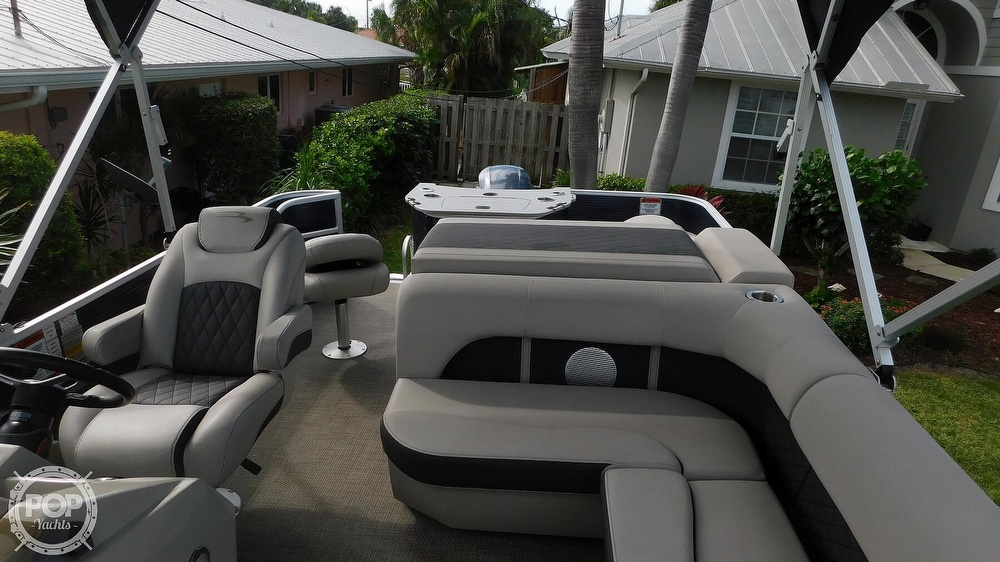 2019 Bennington boat for sale, model of the boat is SX 21 Saltwater & Image # 15 of 40