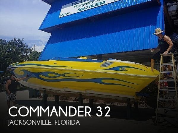 Used Commander Boats For Sale by owner | 2005 32 foot Commander Signature