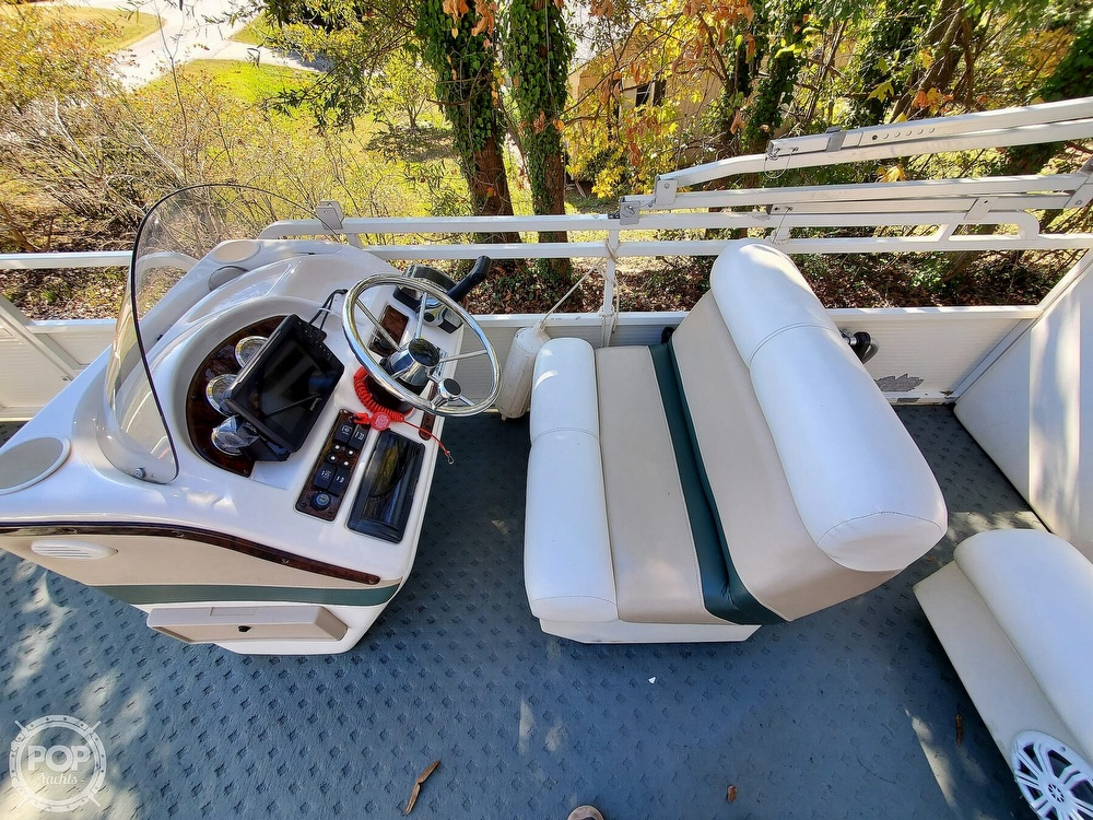 2004 Bentley boat for sale, model of the boat is 200 Fish & Image # 29 of 40