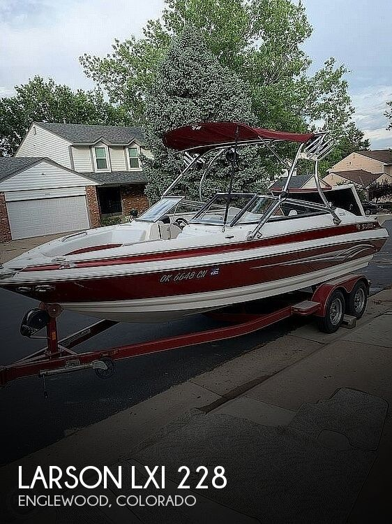 Used Power boats For Sale in Colorado Springs, Colorado by owner | 2008 Larson LXI 228