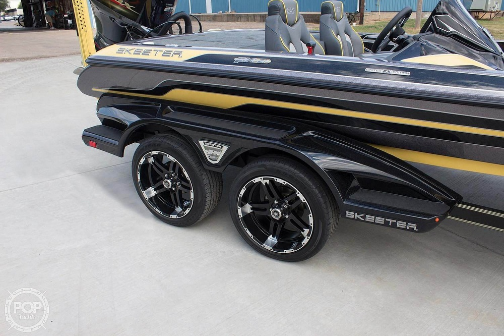 2018 Skeeter boat for sale, model of the boat is FX20 Limited Edition & Image # 4 of 9