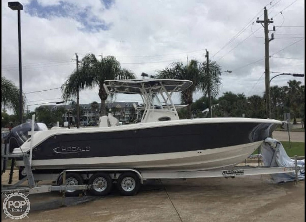 2016 Robalo boat for sale, model of the boat is R300 CC & Image # 12 of 40