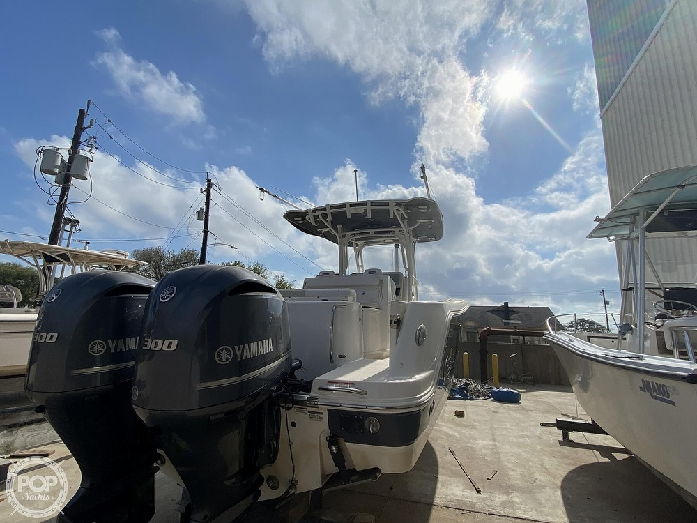 2016 Robalo boat for sale, model of the boat is R300 CC & Image # 29 of 40