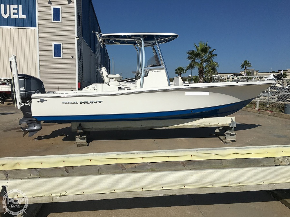 2016 Sea Hunt boat for sale, model of the boat is BX24 BR & Image # 2 of 40