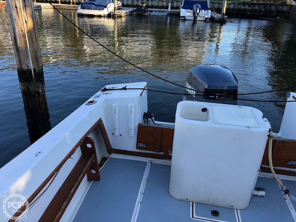 1989 Seacraft boat for sale, model of the boat is 23 & Image # 12 of 41