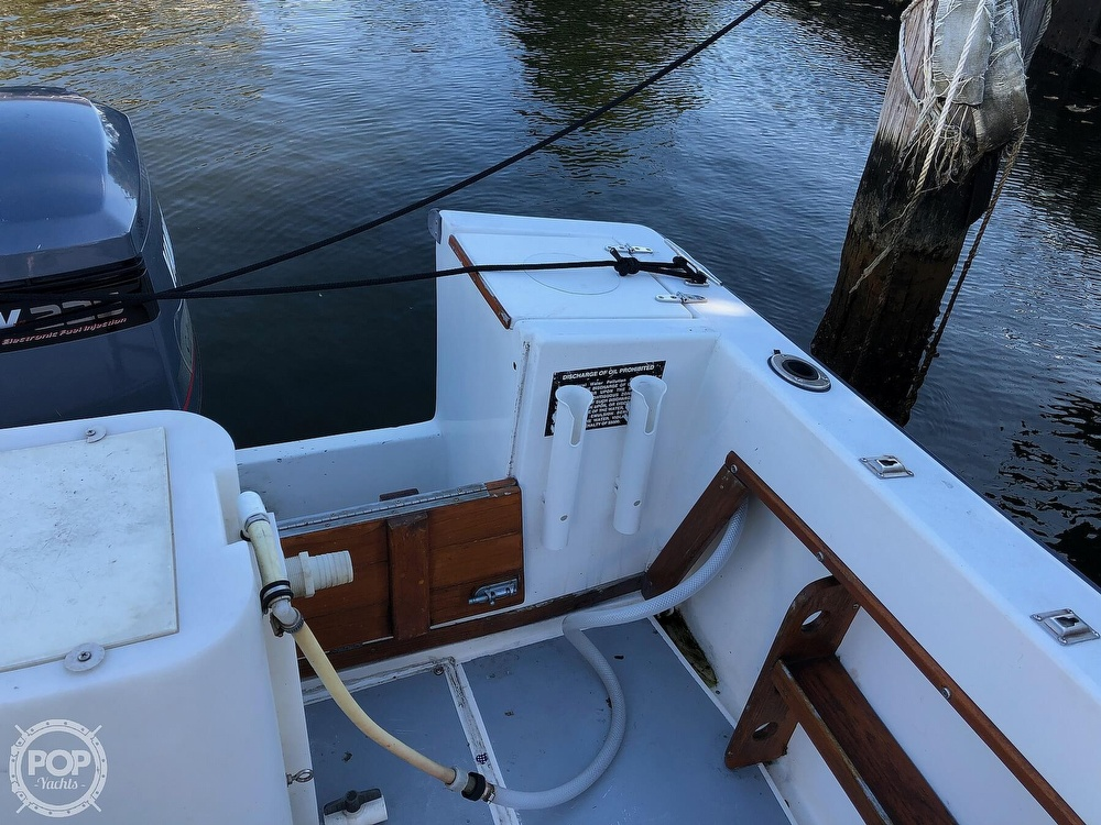 1989 Seacraft boat for sale, model of the boat is 23 & Image # 13 of 41