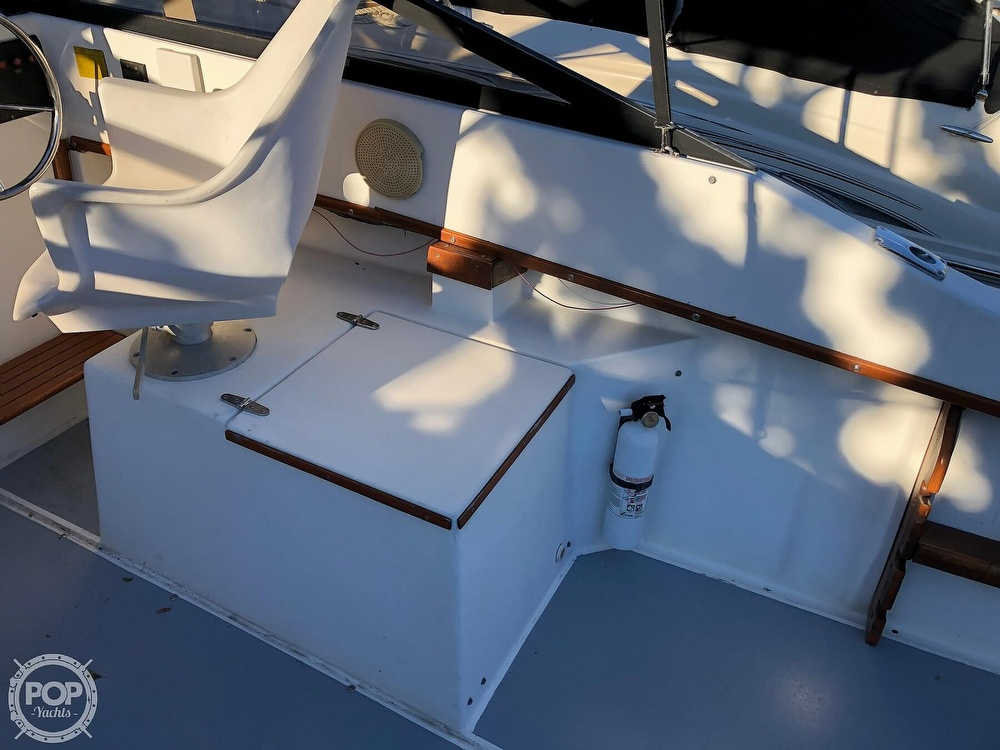 1989 Seacraft boat for sale, model of the boat is 23 & Image # 24 of 41