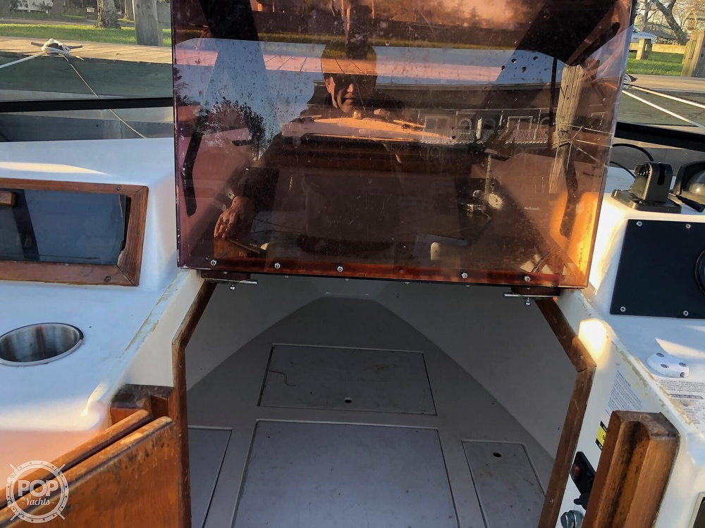 1989 Seacraft boat for sale, model of the boat is 23 & Image # 37 of 41