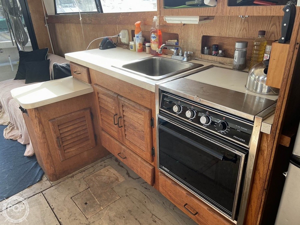 1987 Mainship boat for sale, model of the boat is 36 DC Sedan & Image # 8 of 40