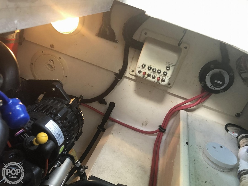 1996 Donzi boat for sale, model of the boat is 275 LXC & Image # 14 of 40