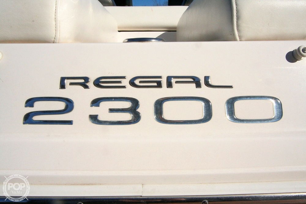 2010 Regal boat for sale, model of the boat is 2300 & Image # 12 of 40