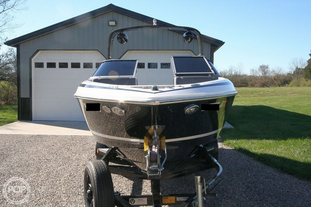 2010 Regal boat for sale, model of the boat is 2300 & Image # 16 of 40