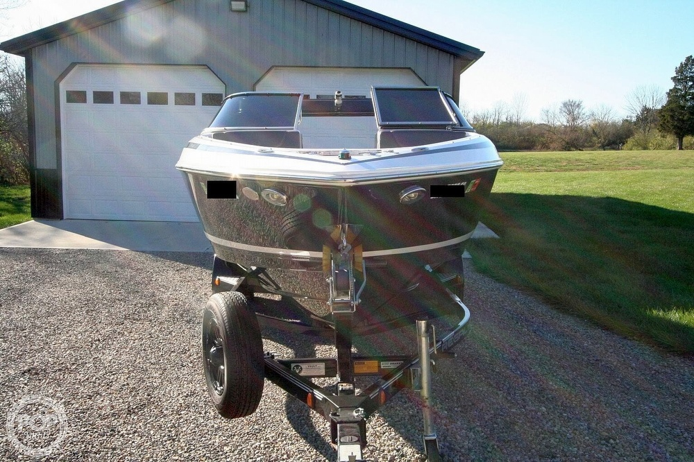 2010 Regal boat for sale, model of the boat is 2300 & Image # 17 of 40