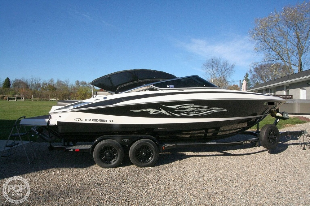 2010 Regal boat for sale, model of the boat is 2300 & Image # 18 of 40