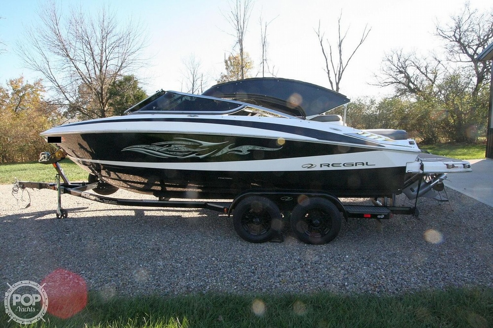2010 Regal boat for sale, model of the boat is 2300 & Image # 19 of 40