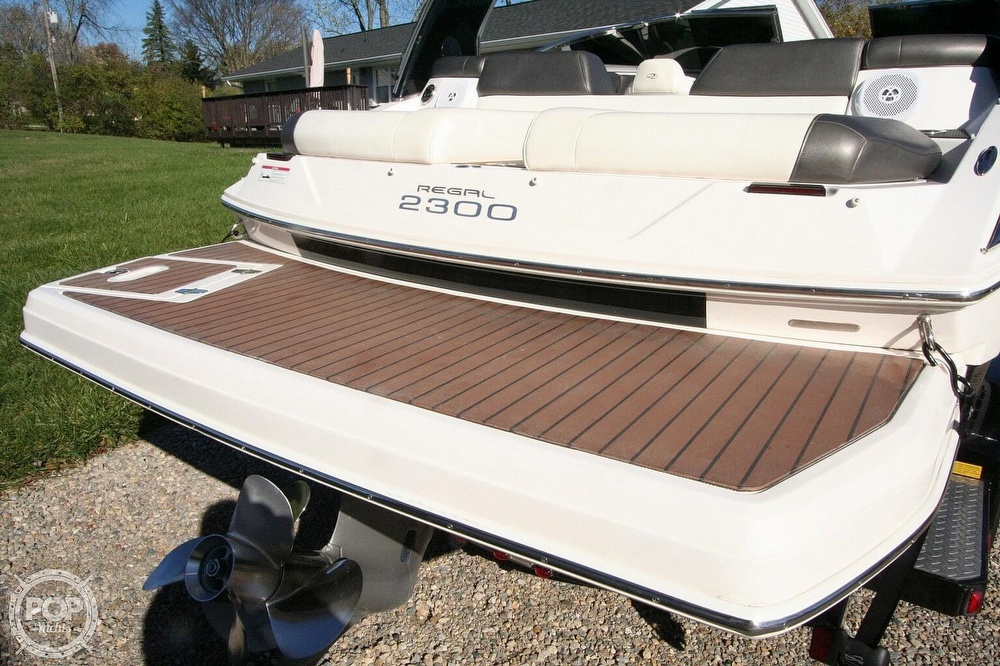 2010 Regal boat for sale, model of the boat is 2300 & Image # 25 of 40