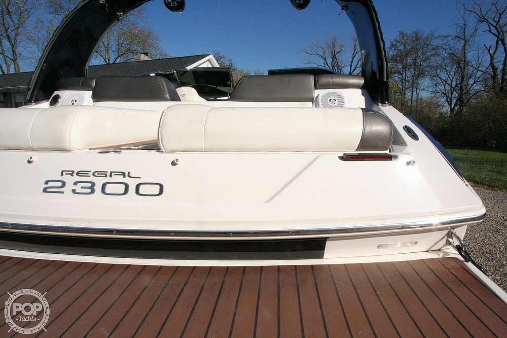 2010 Regal boat for sale, model of the boat is 2300 & Image # 27 of 40