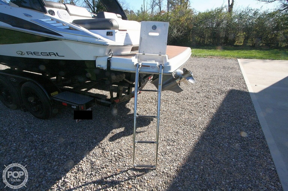 2010 Regal boat for sale, model of the boat is 2300 & Image # 34 of 40