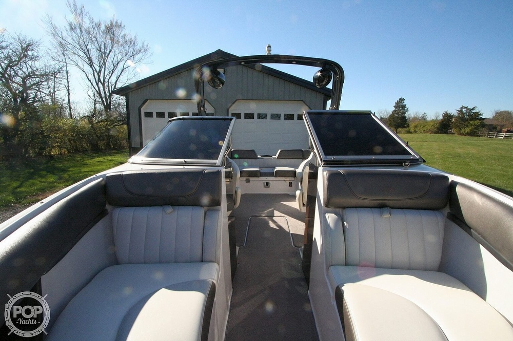 2010 Regal boat for sale, model of the boat is 2300 & Image # 4 of 40