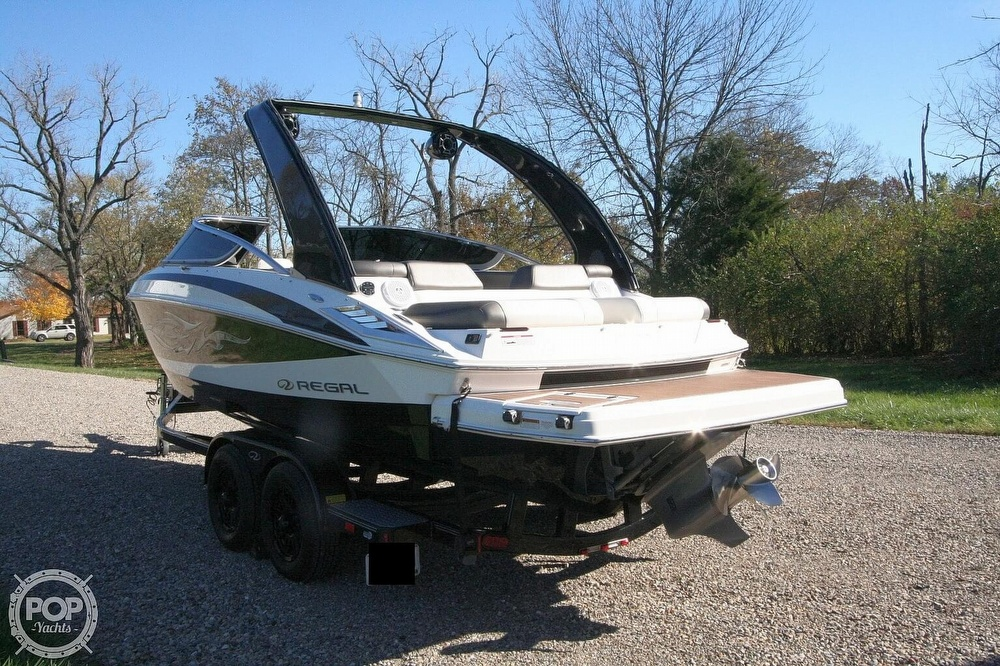 2010 Regal boat for sale, model of the boat is 2300 & Image # 9 of 40