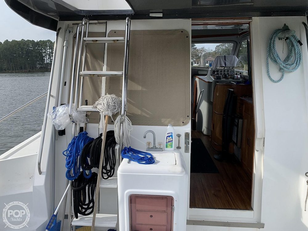 1993 Mediterranean boat for sale, model of the boat is 38' & Image # 11 of 40