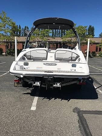 2017 Yamaha boat for sale, model of the boat is 212 Limited S & Image # 6 of 40