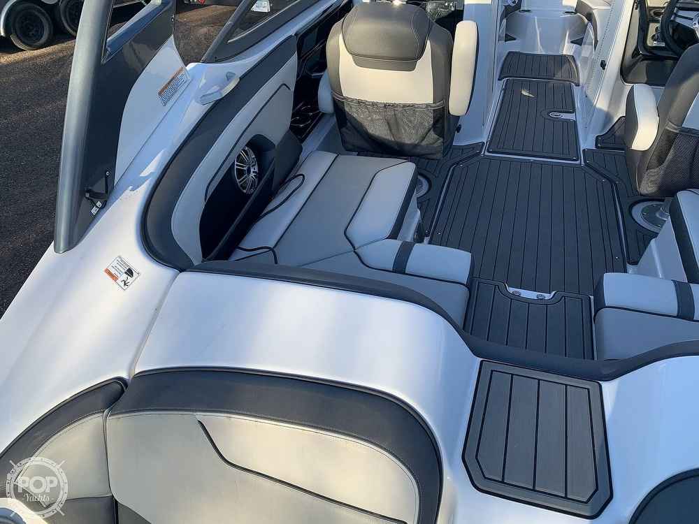 2017 Yamaha boat for sale, model of the boat is 212 Limited S & Image # 24 of 40