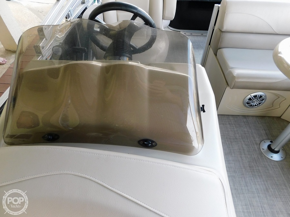 2018 Avalon boat for sale, model of the boat is LSZ 2085 RF & Image # 15 of 40