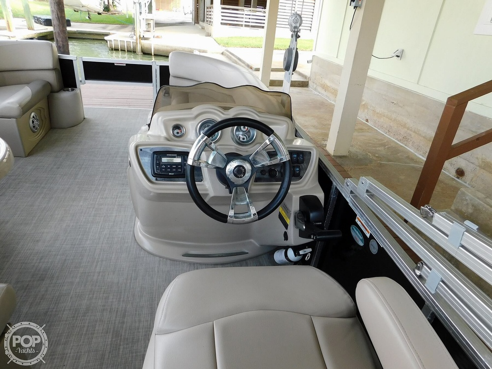 2018 Avalon boat for sale, model of the boat is LSZ 2085 RF & Image # 33 of 40