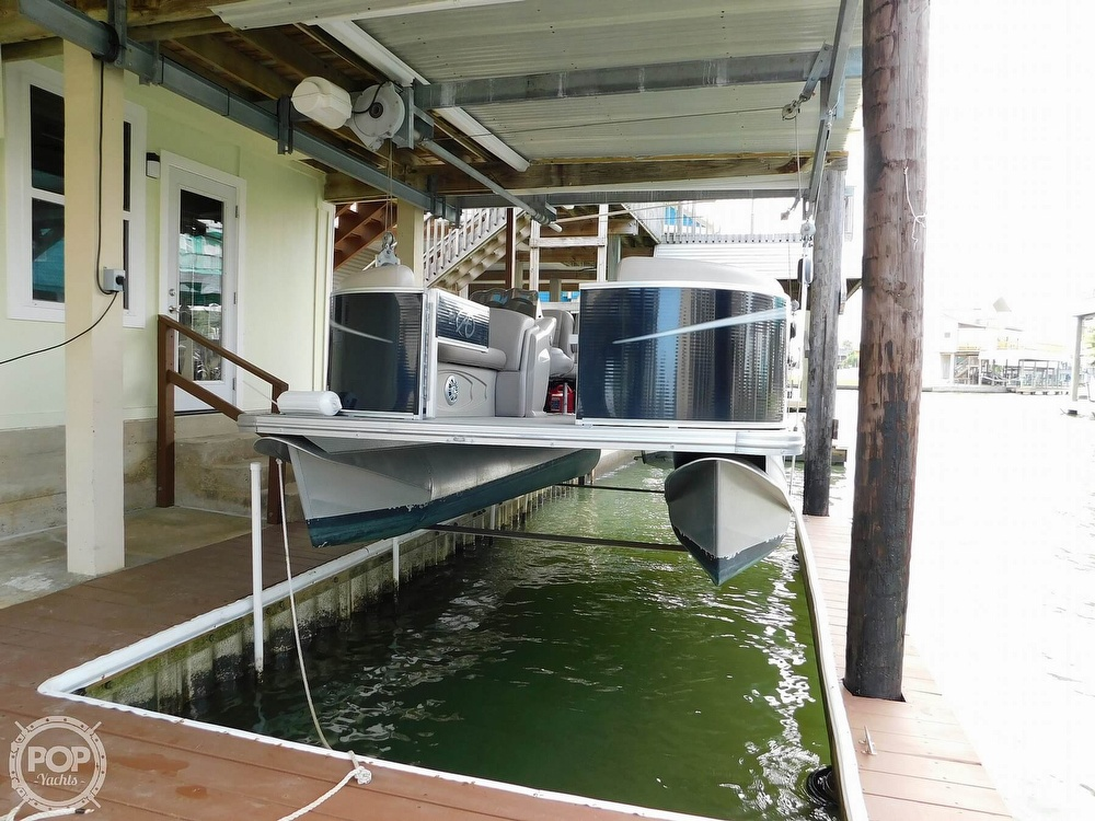 2018 Avalon boat for sale, model of the boat is LSZ 2085 RF & Image # 5 of 40