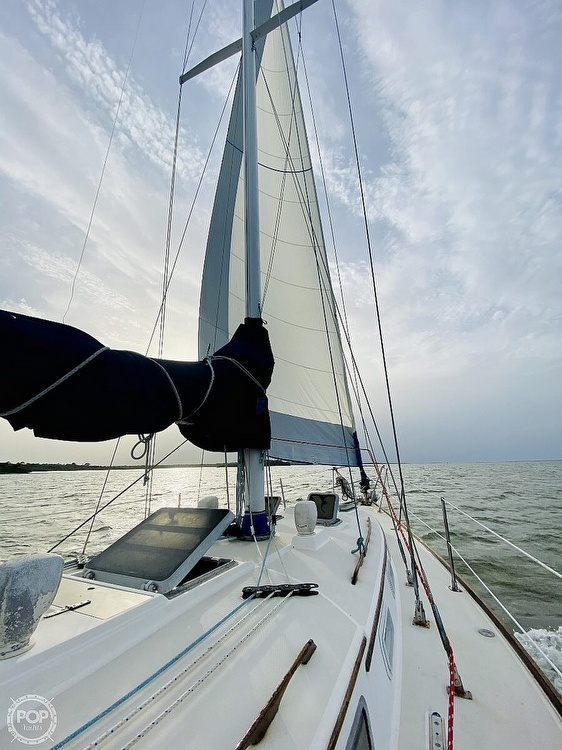 1983 Sabre Yachts boat for sale, model of the boat is 38 & Image # 2 of 40