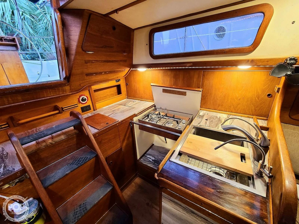 1983 Sabre Yachts boat for sale, model of the boat is 38 & Image # 11 of 40