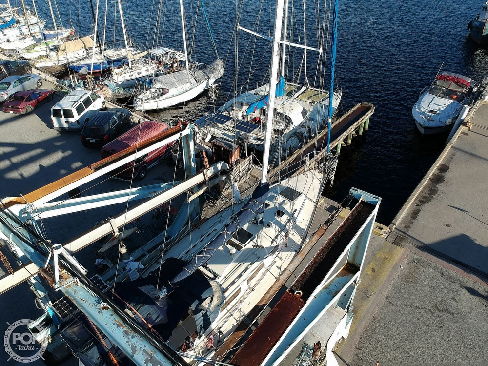 1983 Sabre Yachts boat for sale, model of the boat is 38 & Image # 12 of 40