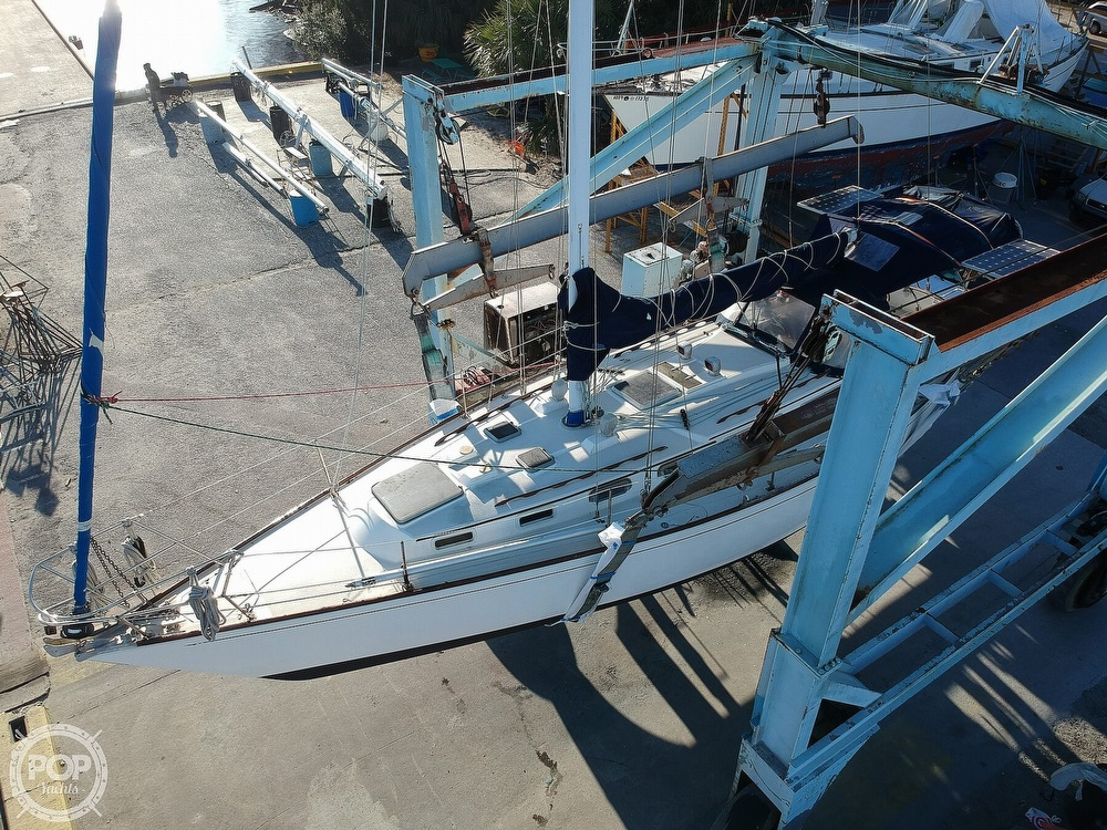 1983 Sabre Yachts boat for sale, model of the boat is 38 & Image # 18 of 40