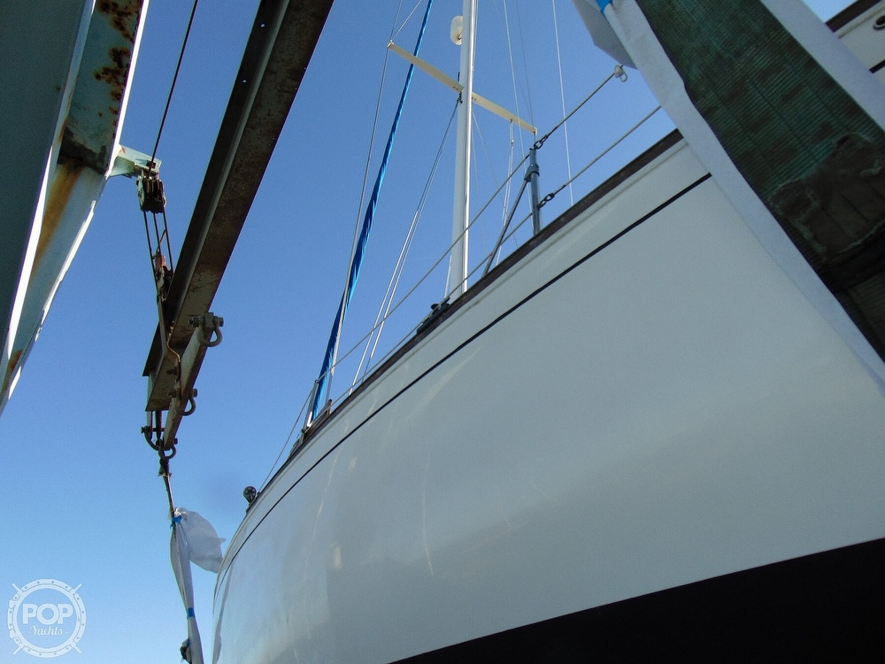 1983 Sabre Yachts boat for sale, model of the boat is 38 & Image # 29 of 40
