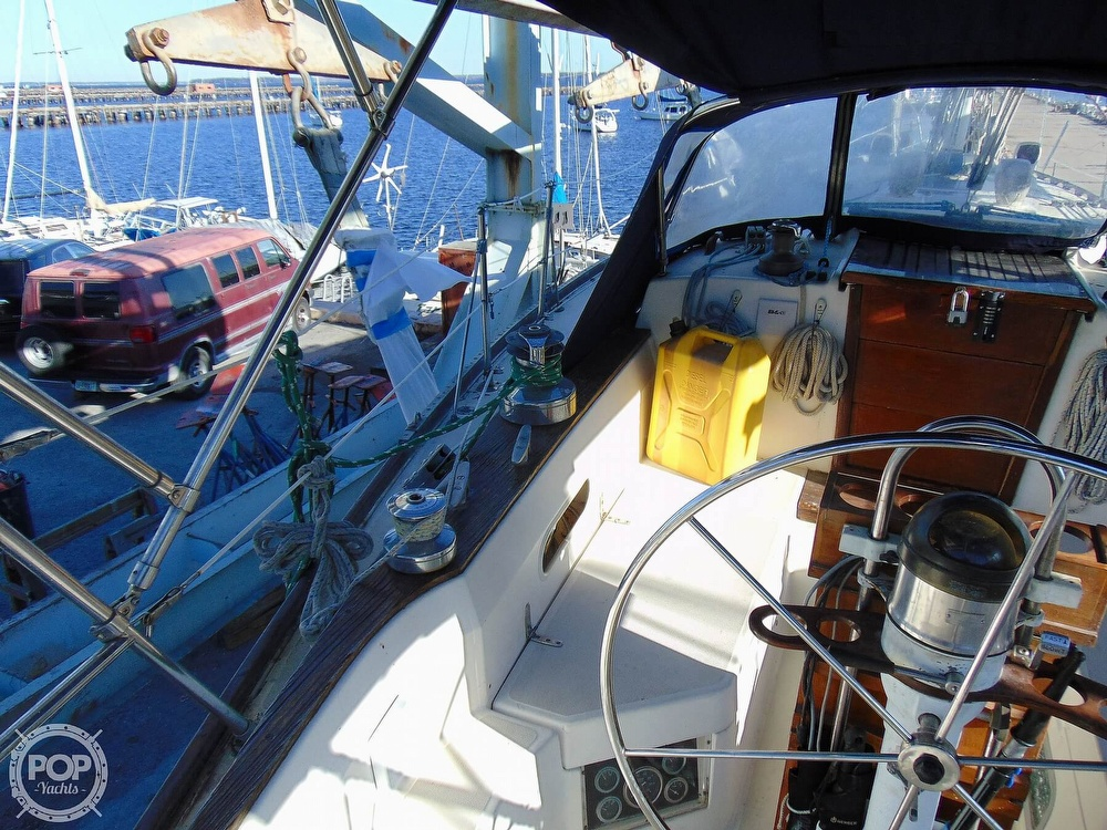 1983 Sabre Yachts boat for sale, model of the boat is 38 & Image # 39 of 40