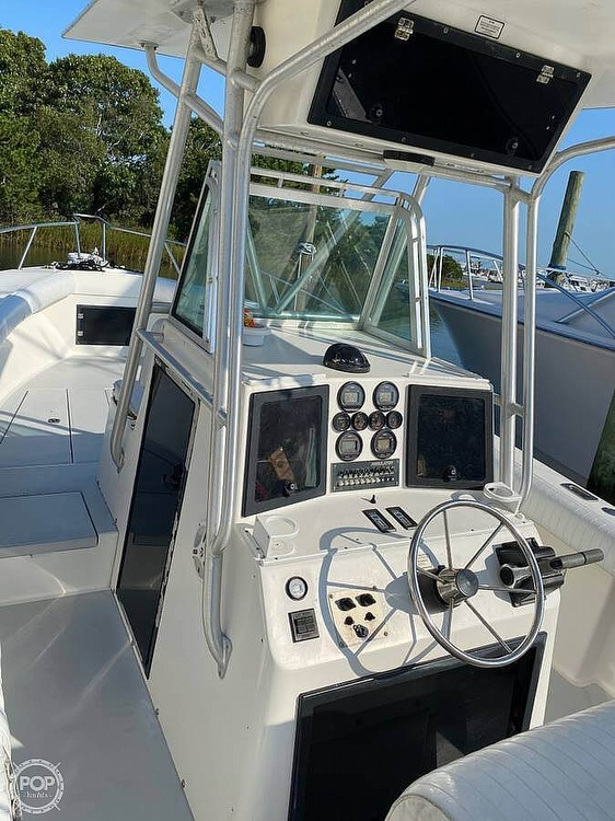 1994 Regulator Marine boat for sale, model of the boat is Classic & Image # 13 of 29