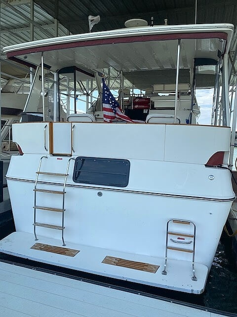 1989 Sea Ray boat for sale, model of the boat is 380 Aft Cabin & Image # 10 of 40