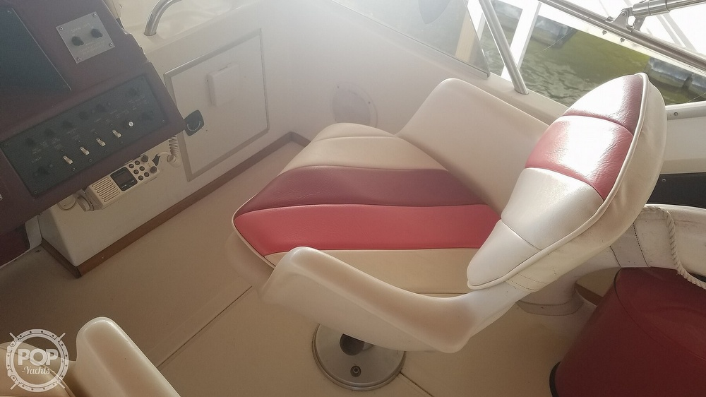 1989 Sea Ray boat for sale, model of the boat is 380 Aft Cabin & Image # 13 of 40