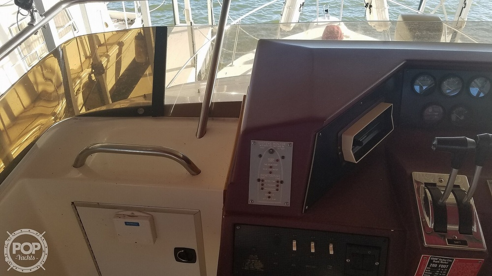 1989 Sea Ray boat for sale, model of the boat is 380 Aft Cabin & Image # 19 of 40