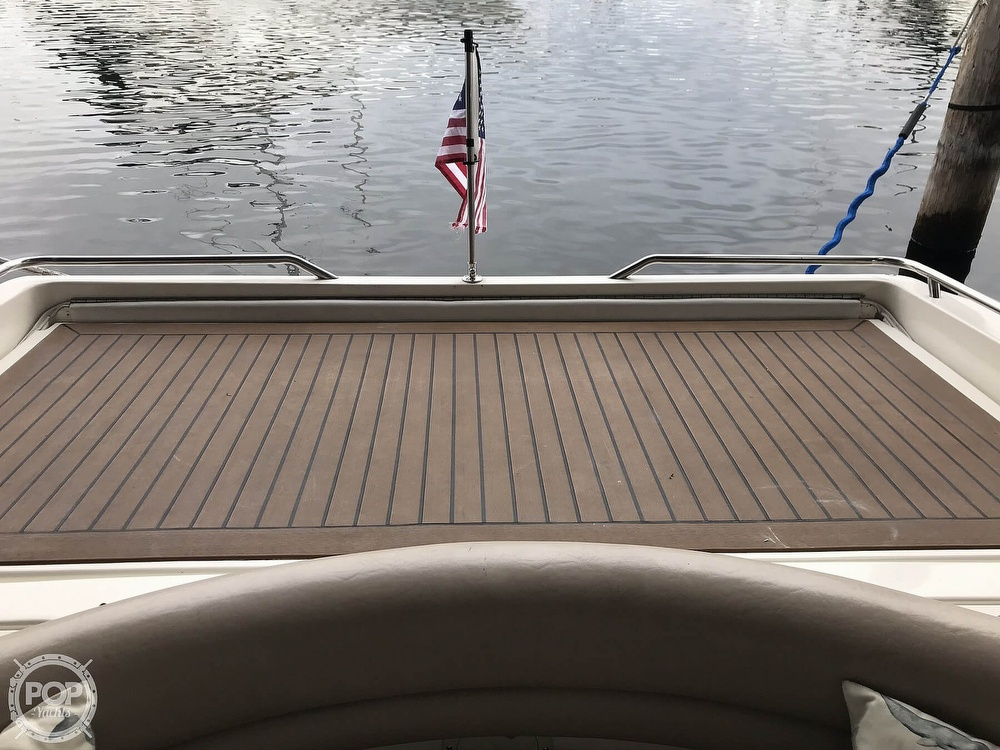 1995 Sea Ray boat for sale, model of the boat is 310 Sun Sport & Image # 28 of 40