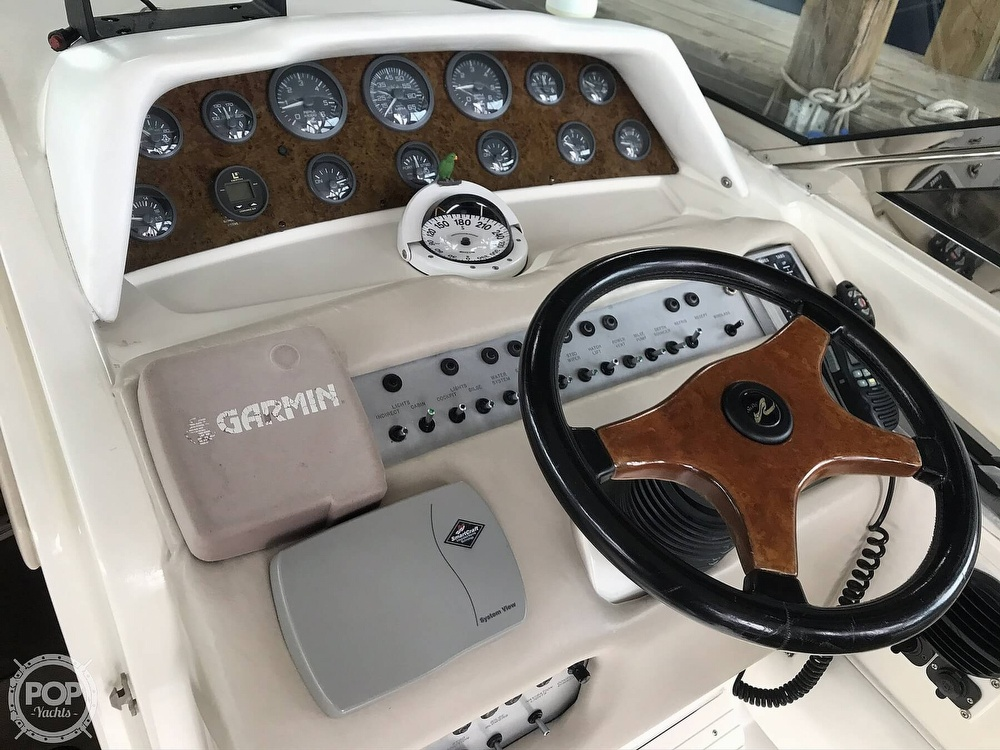 1995 Sea Ray boat for sale, model of the boat is 310 Sun Sport & Image # 39 of 40