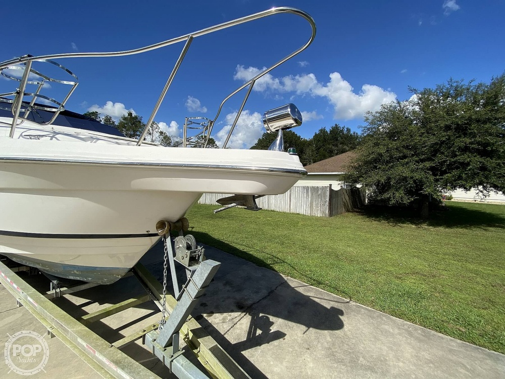 2004 Regal boat for sale, model of the boat is Commodore 2860 & Image # 14 of 40
