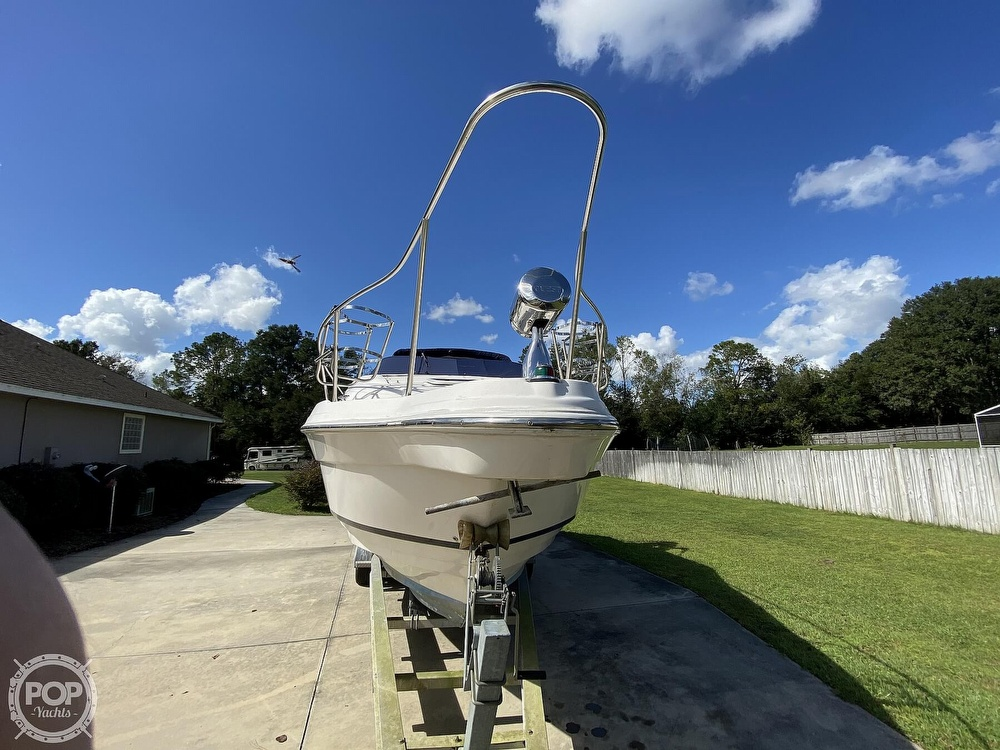 2004 Regal boat for sale, model of the boat is Commodore 2860 & Image # 15 of 40