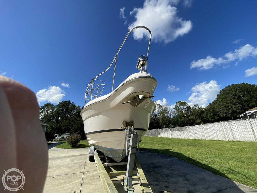 2004 Regal boat for sale, model of the boat is Commodore 2860 & Image # 16 of 40