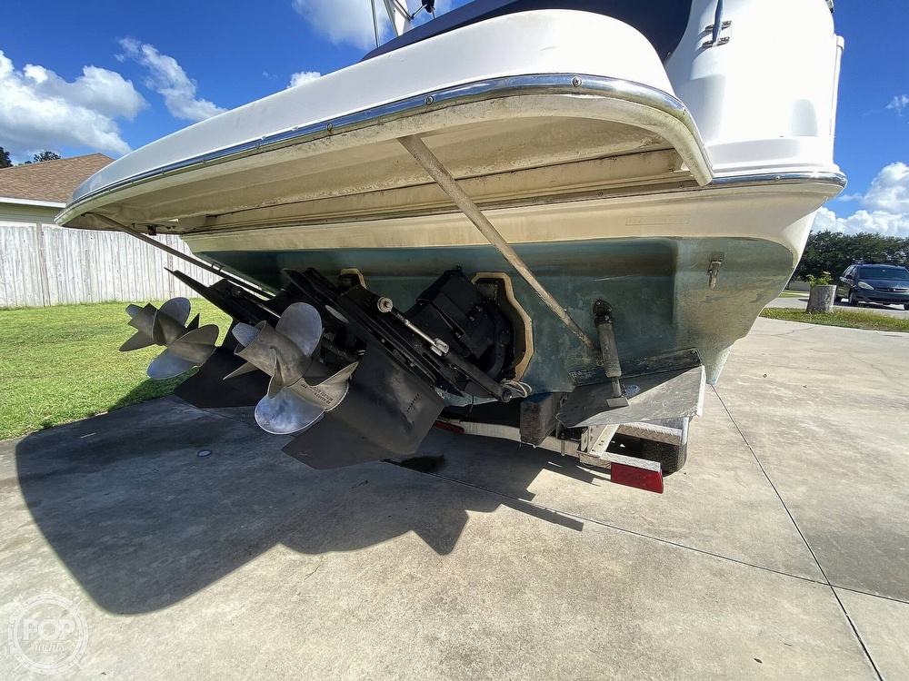 2004 Regal boat for sale, model of the boat is Commodore 2860 & Image # 18 of 40