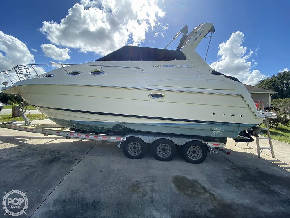 2004 Regal boat for sale, model of the boat is Commodore 2860 & Image # 22 of 40